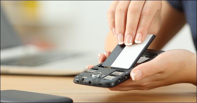 如何在没有响应时强制重启 Android 手机